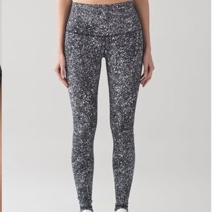 Lululemon  Wunder Under Hi Rise Leggings sz 8